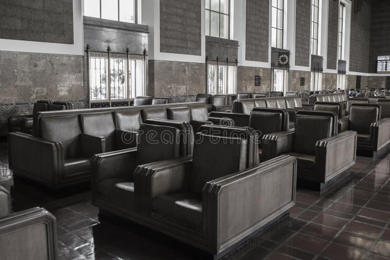 Estación de la unión de la zona que espera y para sentarse fotografía de archivo libre de regalías