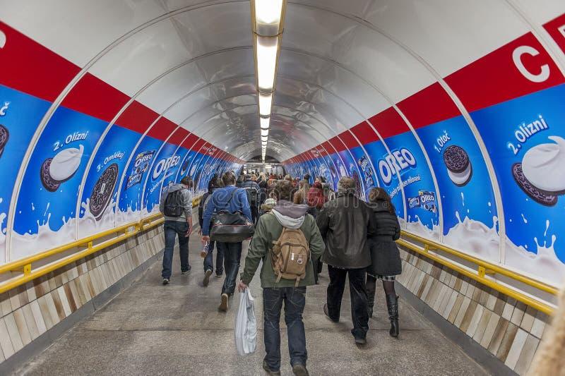 Estación de metro en Praga, República Checa fotografía de archivo libre de regalías