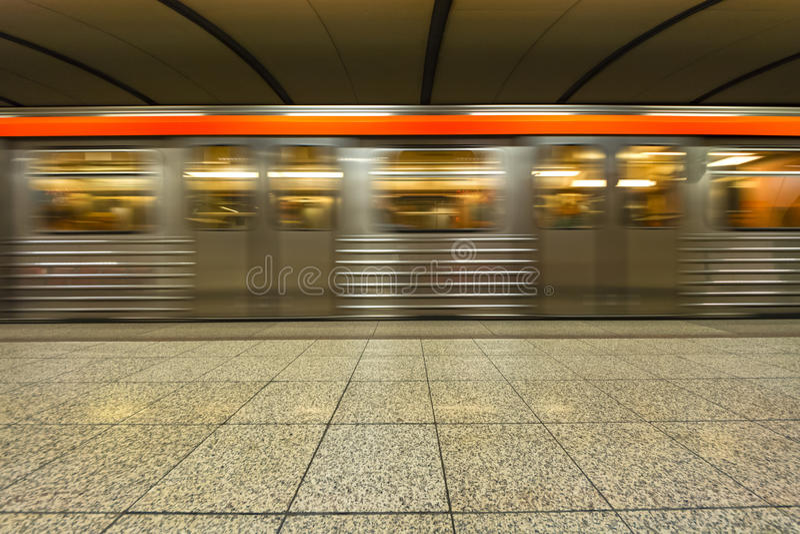 Estación de metro, subterráneo en Atenas - Grecia foto de archivo libre de regalías