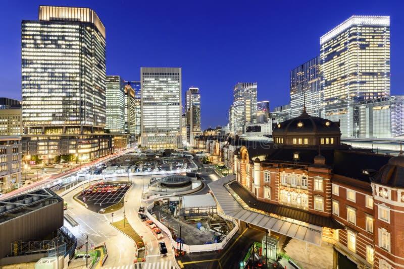 Estación de Tokio en el negocio del marunouchi foto de archivo