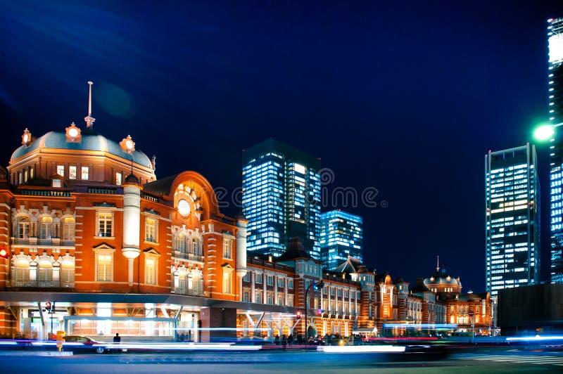 Estación de Tokio, ferrocarril histórico en el negocio de Marunouchi imagenes de archivo