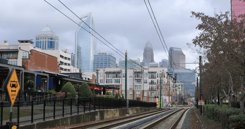 Estación de tranvía rápida en Charlotte, Estados Unidos imágenes de archivo libres de regalías