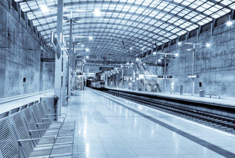 Download Estación de tren imagen de archivo. Imagen de europa, conexión - 7289111