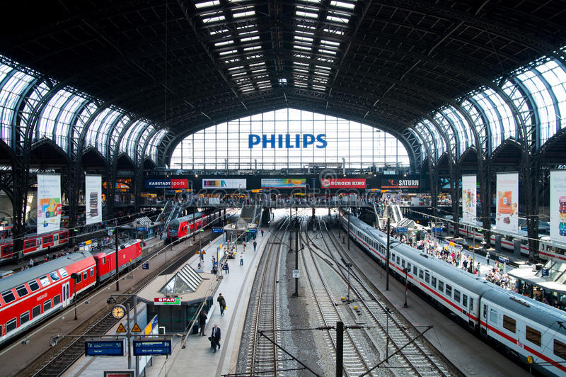 Estación de tren de Hamburgo fotos de archivo