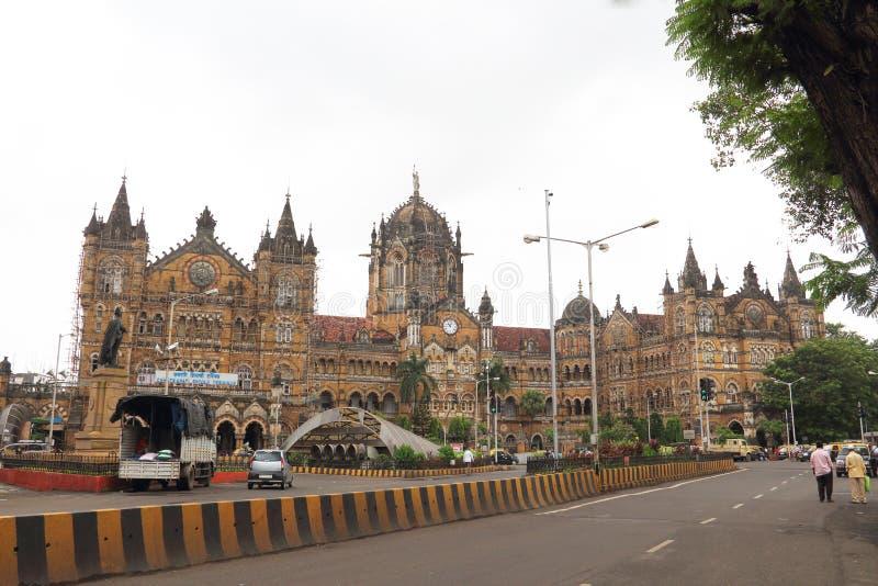 Estación de tren de Victoria en Bombay imagenes de archivo