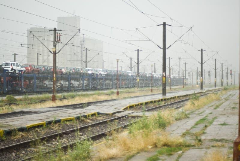 Estación de tren lluviosa imagen de archivo libre de regalías