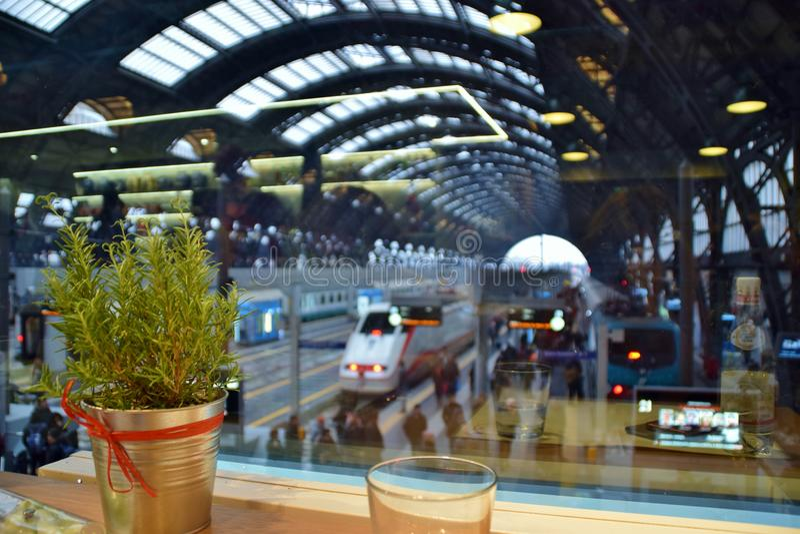 Estación de tren de Milán fotografía de archivo