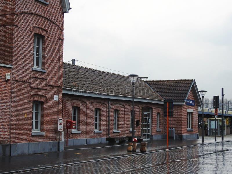 Estación de tren - Puurs - Bélgica foto de archivo libre de regalías