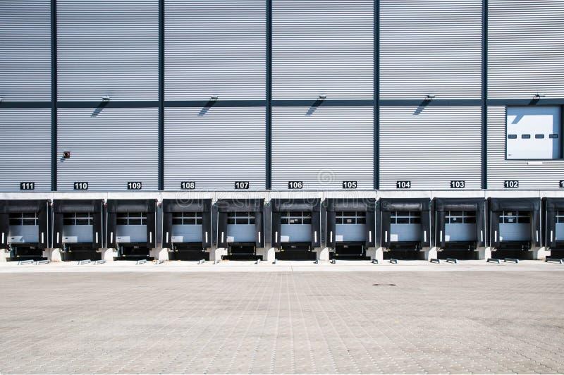 Estación del cargamento del camión imagenes de archivo