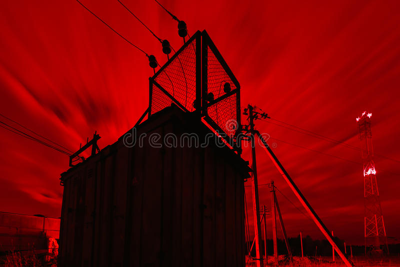 Estación eléctrica del transformador fotografía de archivo