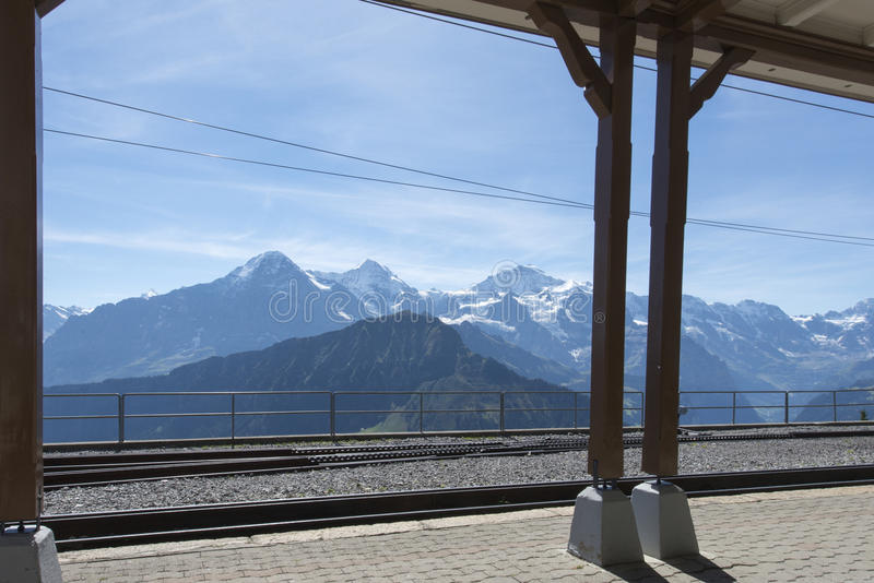 Estación ferroviaria del término de Schynige Platte fotografía de archivo