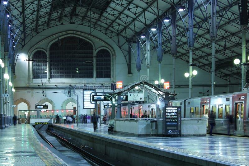 Estación interior de Rossio. Lisboa. Portugal fotos de archivo libres de regalías