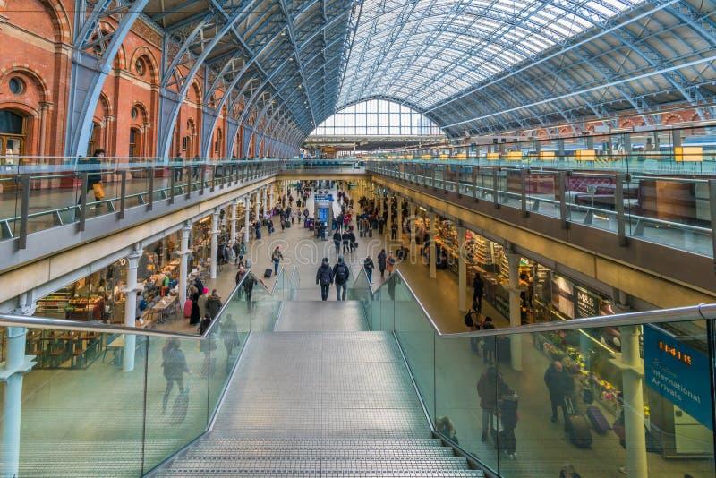 Estación internacional del St Pancras, Londres, Reino Unido imagenes de archivo