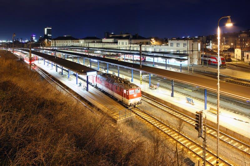 Estación principal del tren de Bratislava fotografía de archivo
