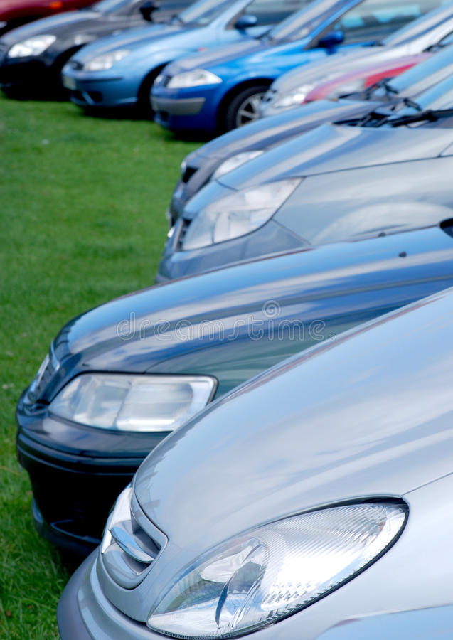 Estacionamento ao ar livre fotografia de stock