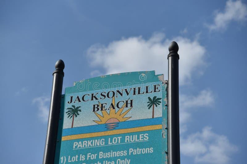 Estacionamento da praia de Jacksonville, o Condado de Duval Florida imagem de stock