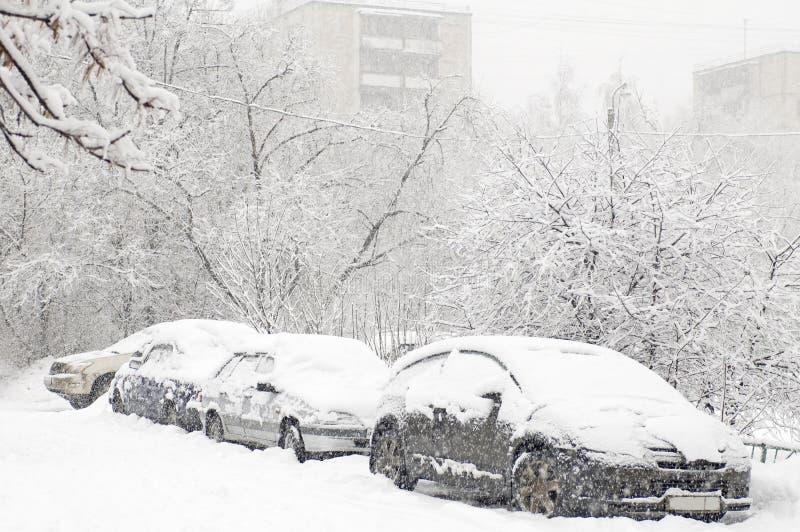 Estacionamento do inverno imagem de stock