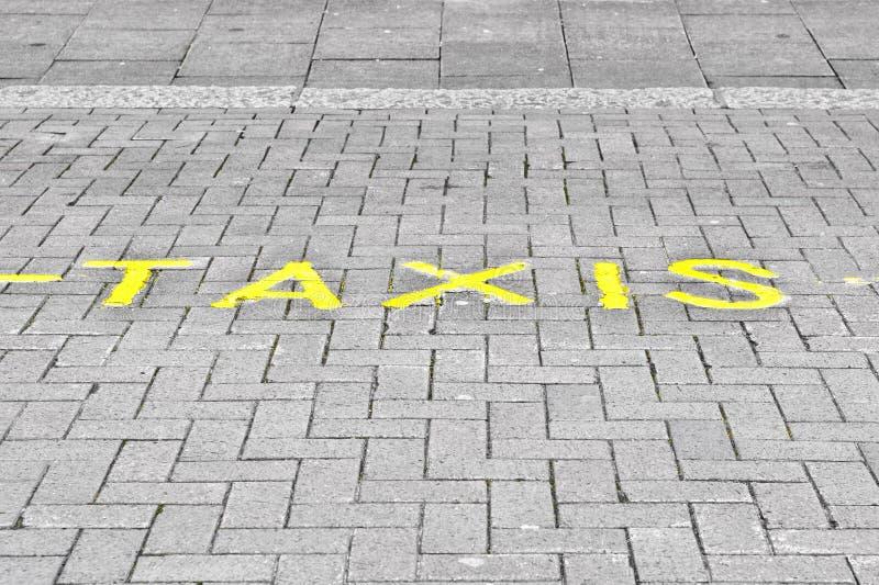 Estacionamento do táxi foto de stock royalty free