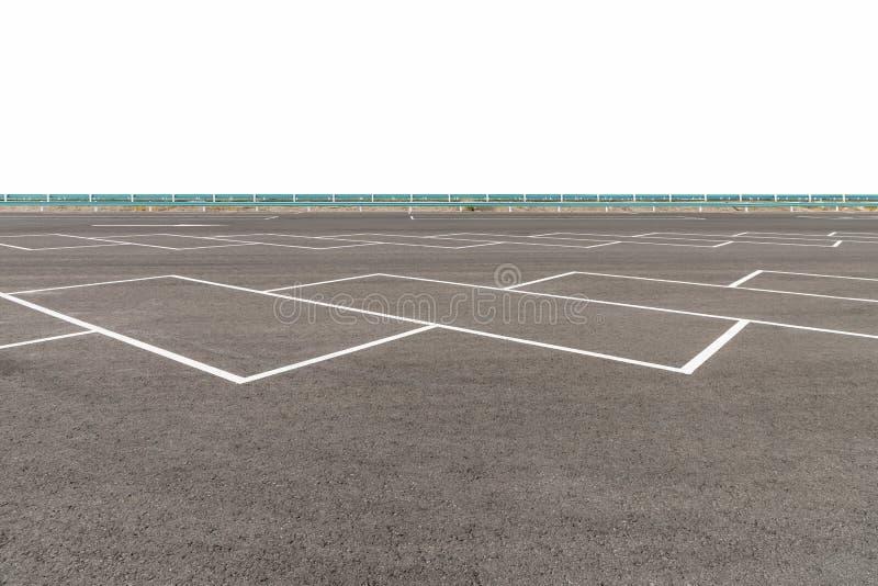 Estacionamento vazio com o pavimento do asfalto isolado fotografia de stock royalty free