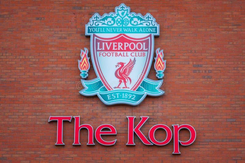 Estadio de Anfield, la tierra casera del club del fútbol de Liverpool en Reino Unido fotografía de archivo