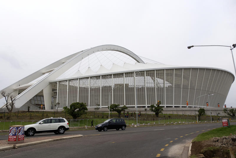 Estadio de Moses Mabhida fotografía de archivo libre de regalías