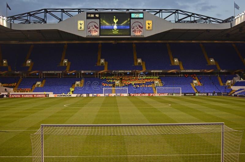 Estadio de Tottenham - Hart Lane blanco fotos de archivo