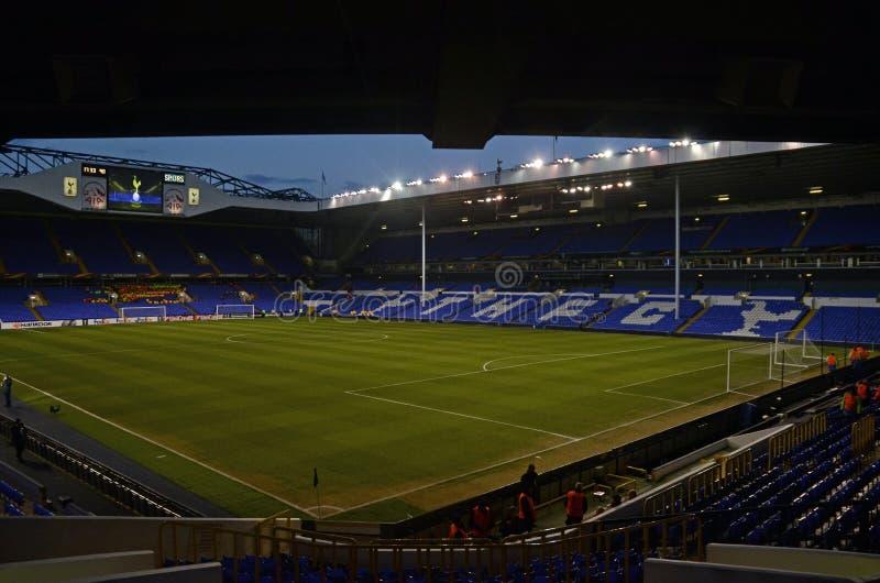 Estadio de Tottenham - Hart Lane blanco fotografía de archivo libre de regalías