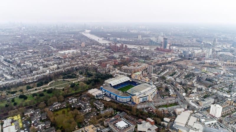 Estadio del hogar del puente de Stamford de Chelsea Football Club Aerial View fotos de archivo