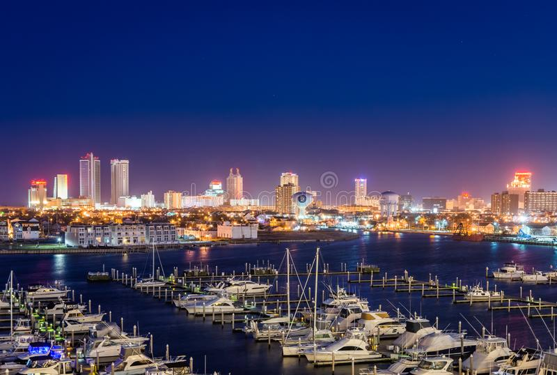 Estado de desatención Marina Harbor en Atlantic City, New Jersey en foto de archivo