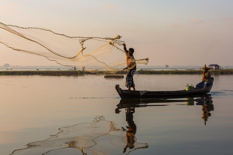 Estado Myanmar de Amarapura Mandalay del lago Taungthaman fotografía de archivo libre de regalías