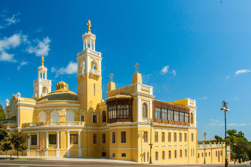 Estado Pasillo filarmónico de Azerbaijan encendido fotos de archivo