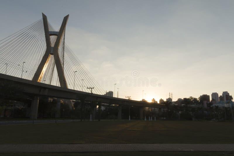 Estaiada-Brücke, Sao Paulo, SP, Brasilien stockbilder