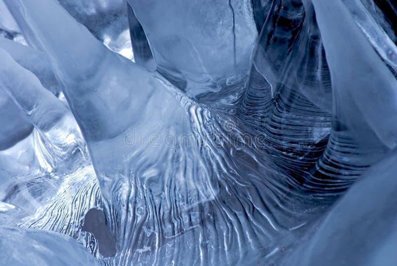Estalactitas del hielo fotografía de archivo libre de regalías