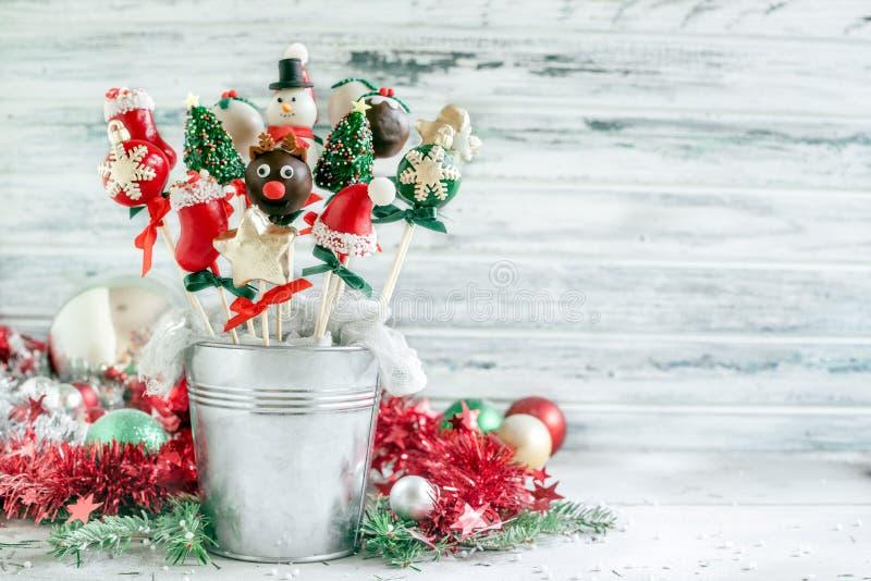 Estallidos de la torta de la Navidad fotos de archivo libres de regalías