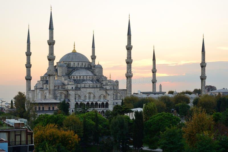 Estambul Mezquita azul en el crepúsculo fotografía de archivo