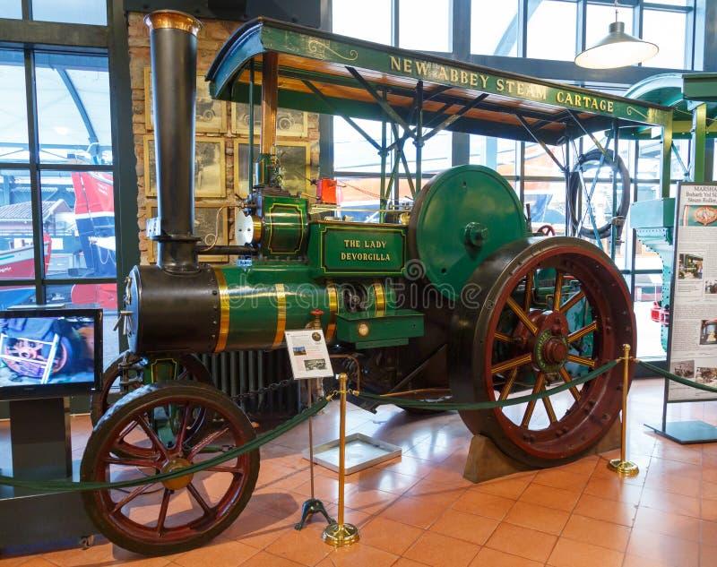 Estambul, Turquía, el 23 de marzo de 2019: El tractor de señora Devorgilla en Rahmi M Museo industrial de Koc El museo de Koc tie foto de archivo libre de regalías