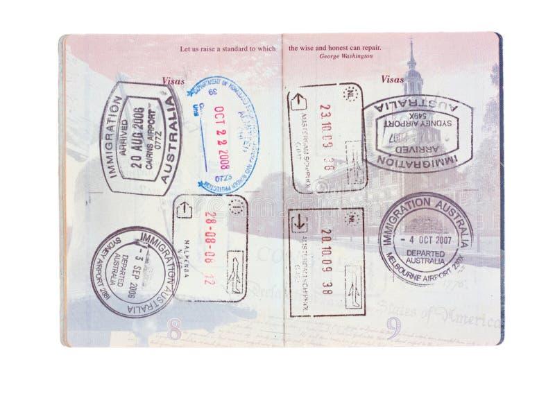 Estampilles de course dans un passeport des Etats-Unis photos libres de droits