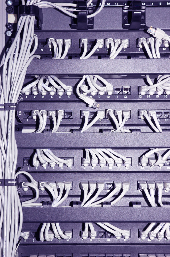 Estante de la red con los cables #2 imagenes de archivo