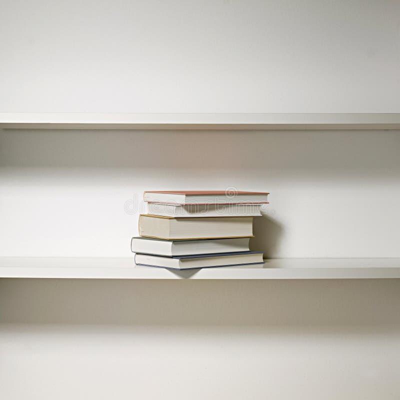 Download Estante para libros 02 foto de archivo. Imagen de writer - 7288094