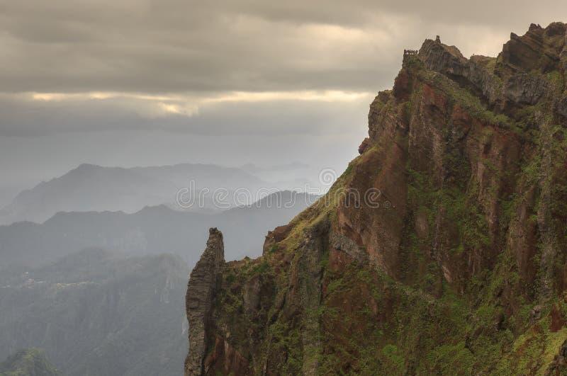 Estar na borda da tempestade Madeira imagem de stock royalty free