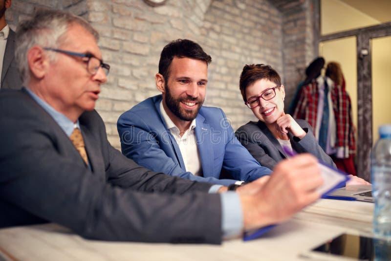 Estatísticas Startup do crescimento do desenvolvimento de negócios fotos de stock royalty free
