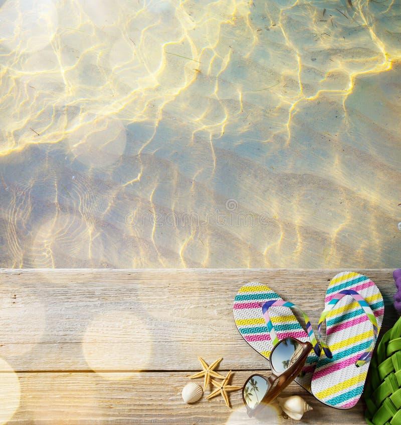 Estate della spiaggia di arte; accessori della spiaggia fotografia stock libera da diritti