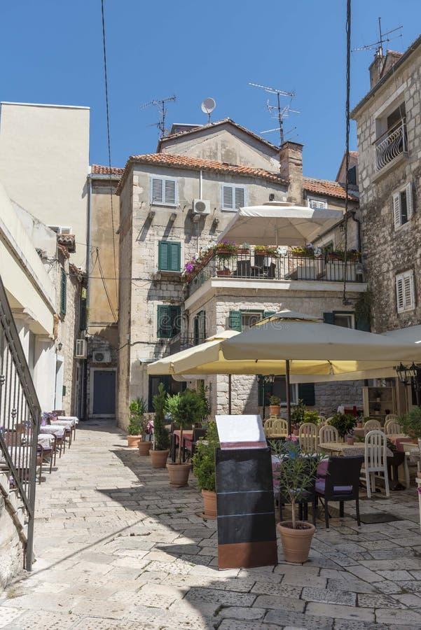 Estate nella spaccatura in Croazia fotografia stock libera da diritti