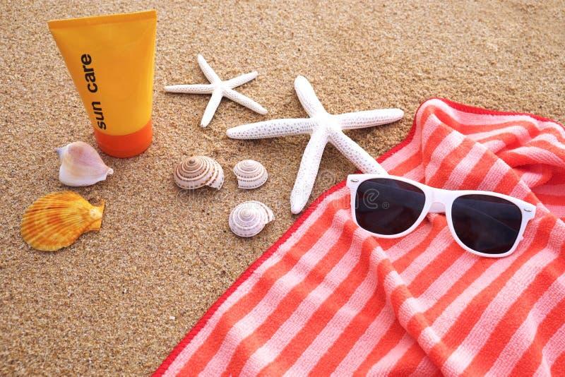 Estate sulla spiaggia fotografia stock libera da diritti