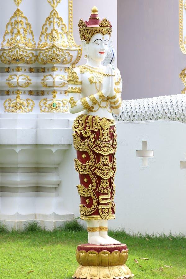 Estatua antigua del ángel de tailandés imagen de archivo