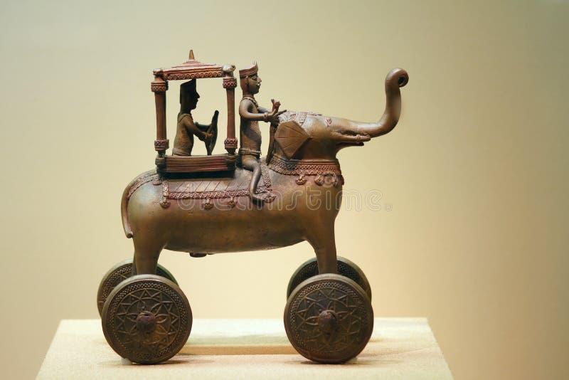 Download Estatua Antigua Del Bronce De La India Foto de archivo - Imagen de viejo, indio: 41920442