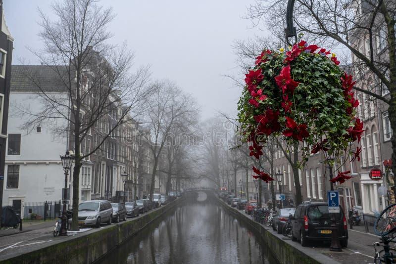 Estatua Baruch Benedictus Spinoza de Amsterdam fotos de archivo