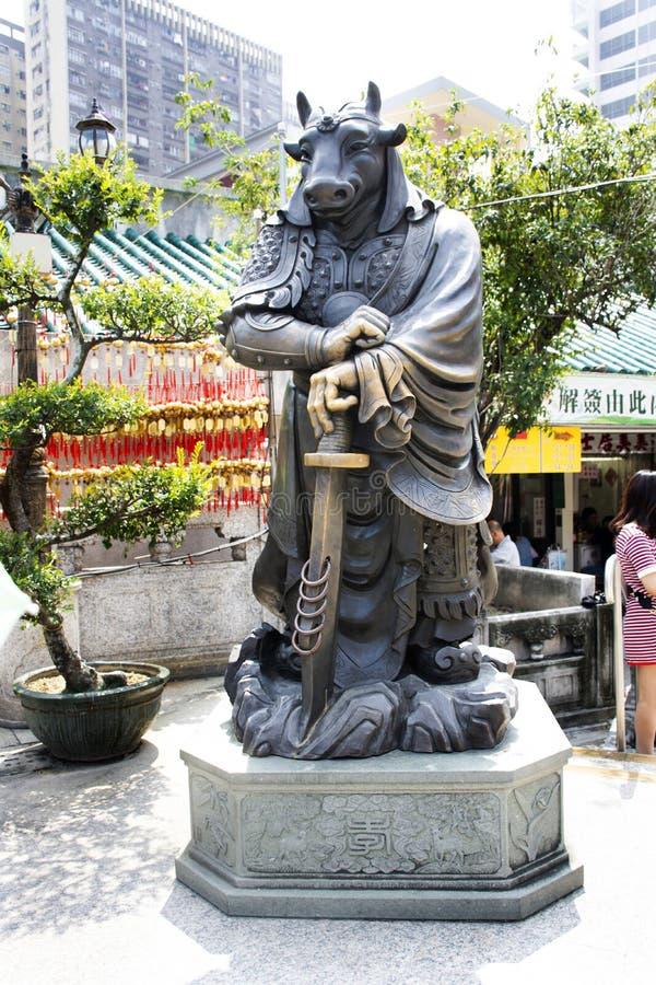 Estatua china del ángel del zodiaco doce tradicionales en Wong Tai Sin Temple en Kowloon en Hong Kong, China fotografía de archivo libre de regalías