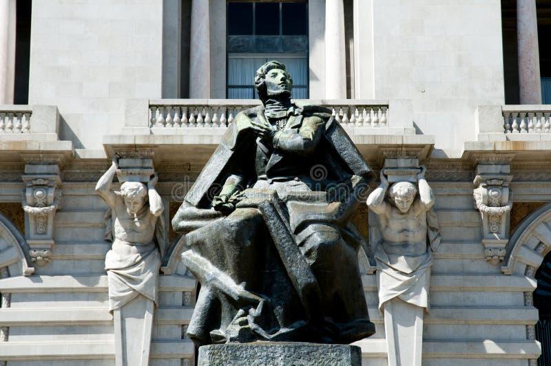 Estatua de Almeida Garrett fotografía de archivo