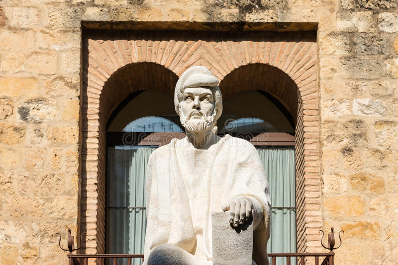 Estatua de Averroes en Córdoba fotografía de archivo libre de regalías